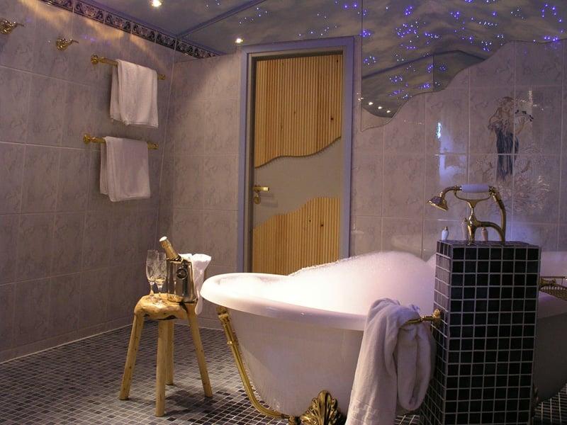 Igloo Village Luxurious Bathroom