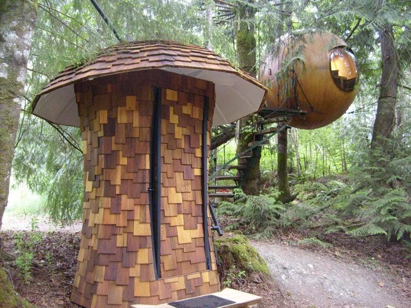 Free Spirit Spheres Outhouse