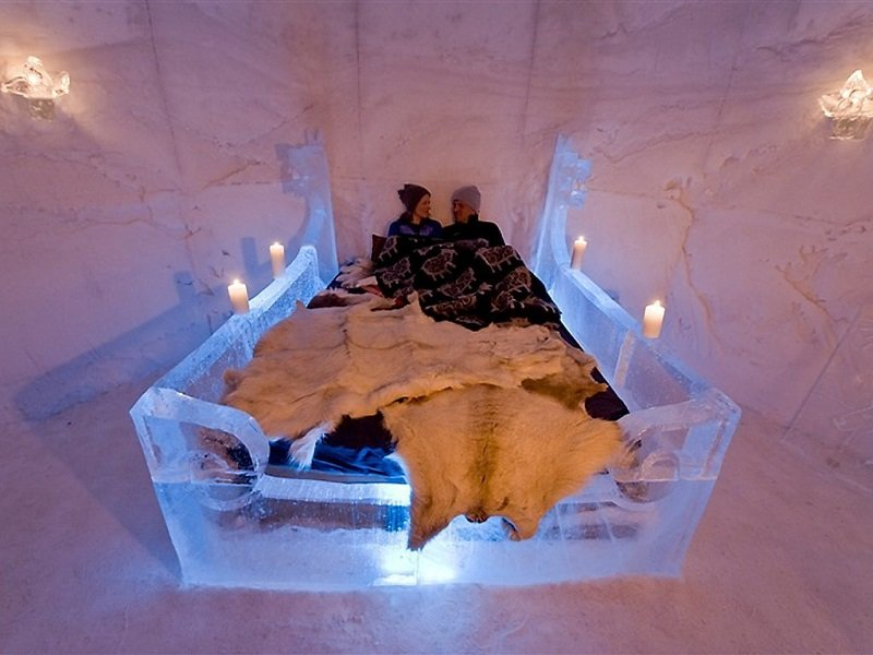 Ice Bed in Sorrisniva Igloo Hotel