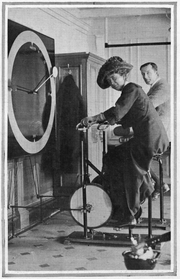 Cycle Racing Machines Of The Titanic Gym