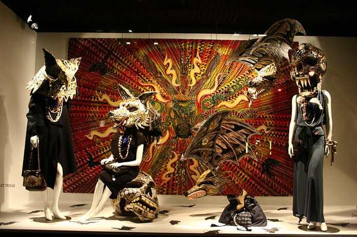Mannequin Art McNett Display
