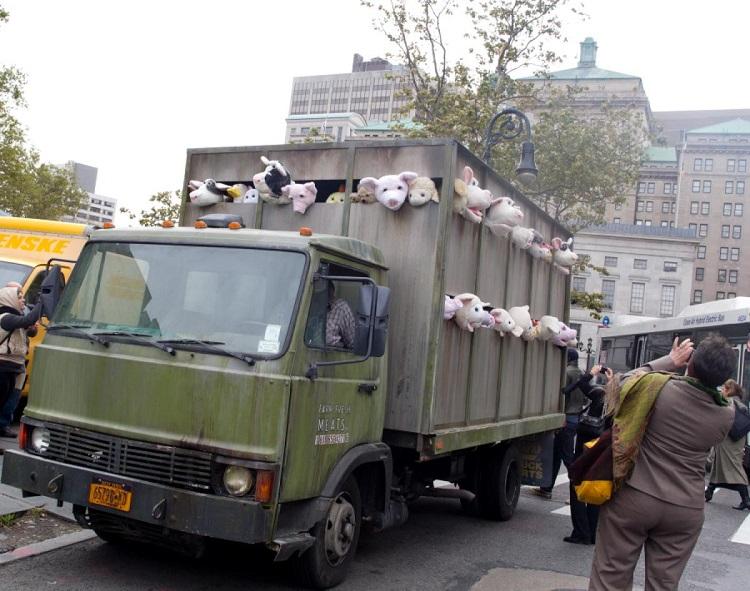 Street Artists Banksy Truck