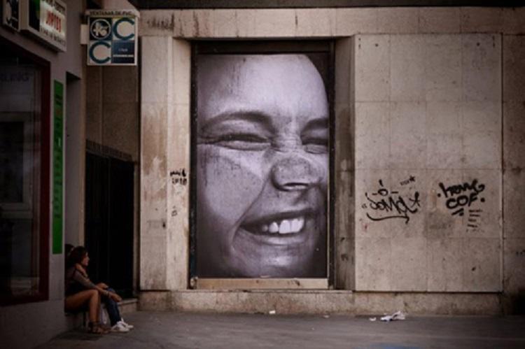 Street Artists Mentalgassi Smashed Face