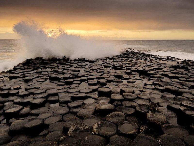 National Geographic Giant's Causeway