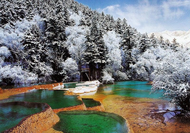 Долина Китая Jiuhaigou