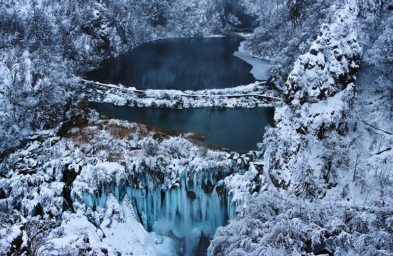 Plitvice Lakes Surreal Places
