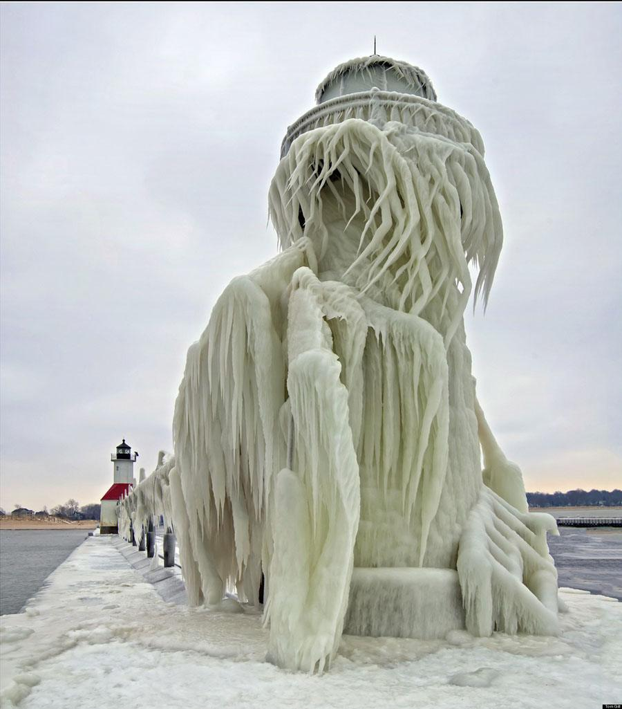 Lighthouses Ice Bird