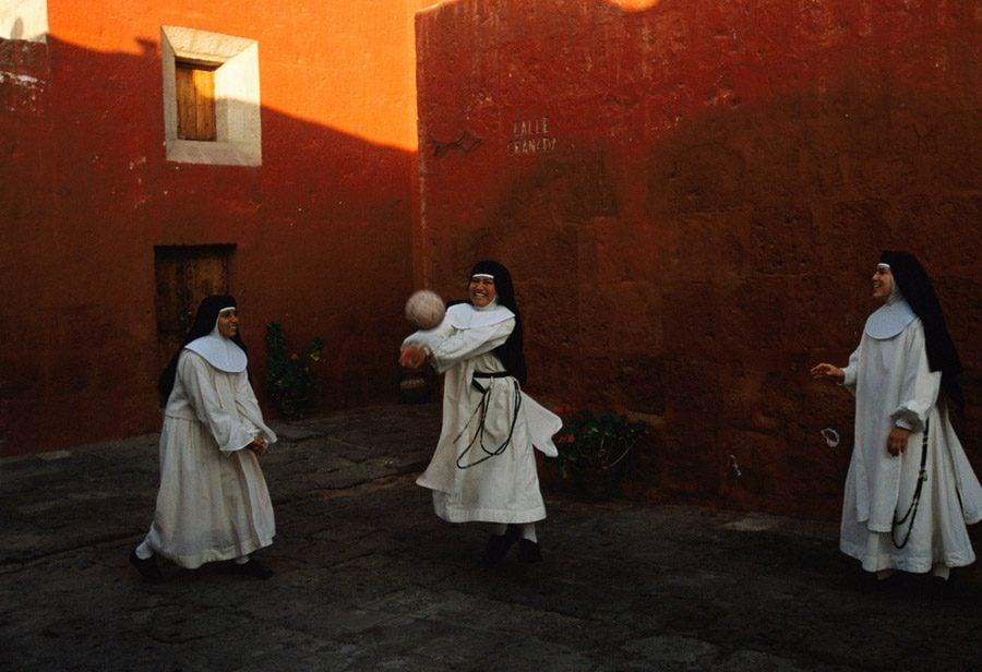 National Geographic 1998 Peruvian Nuns Ball