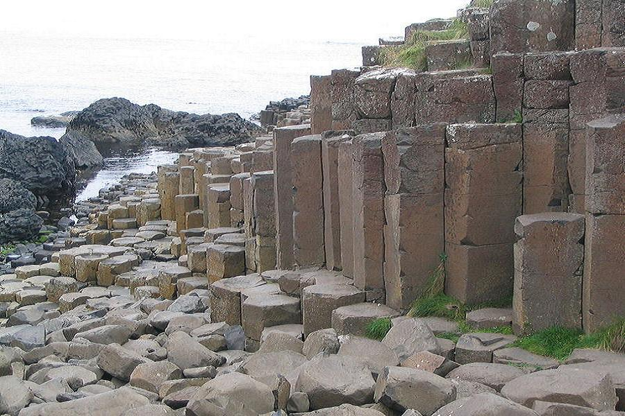 Giants Causeway Side View