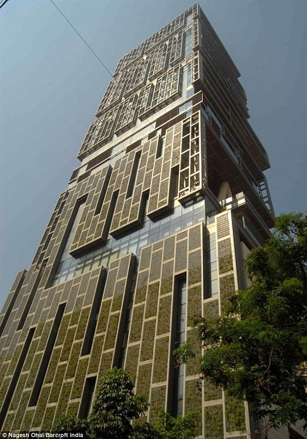 Upward View of Antilla