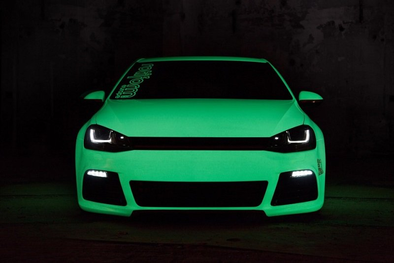 Glow-in-the-dark Car