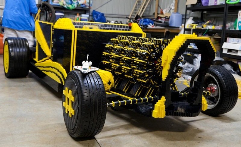 Awesome Car Made From Legos