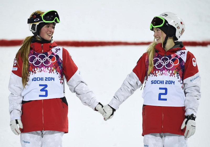 Sisters Hold Hands at Sochi 2014 Winter Olympics