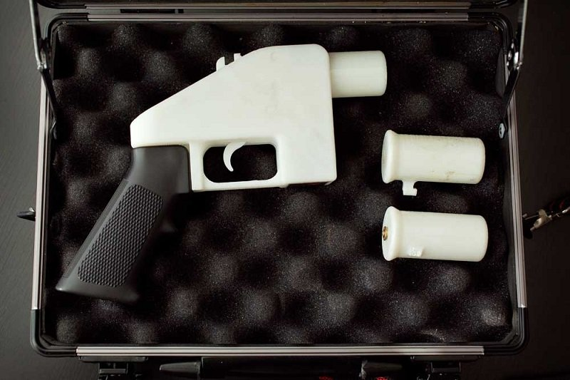 World's First 3D Plastic Gun