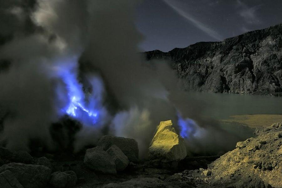 Kawah Ijen Yellow Boulder