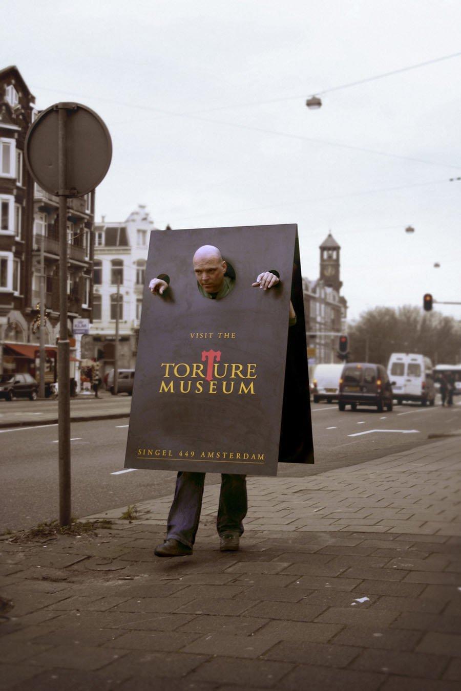 Strange Museums Torture Sign