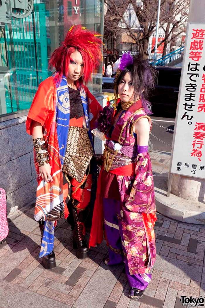Minimalist Harajuku Street Fashion w  Comme des Garcons  Rick     Tokyo Fashion Blue Umbrella