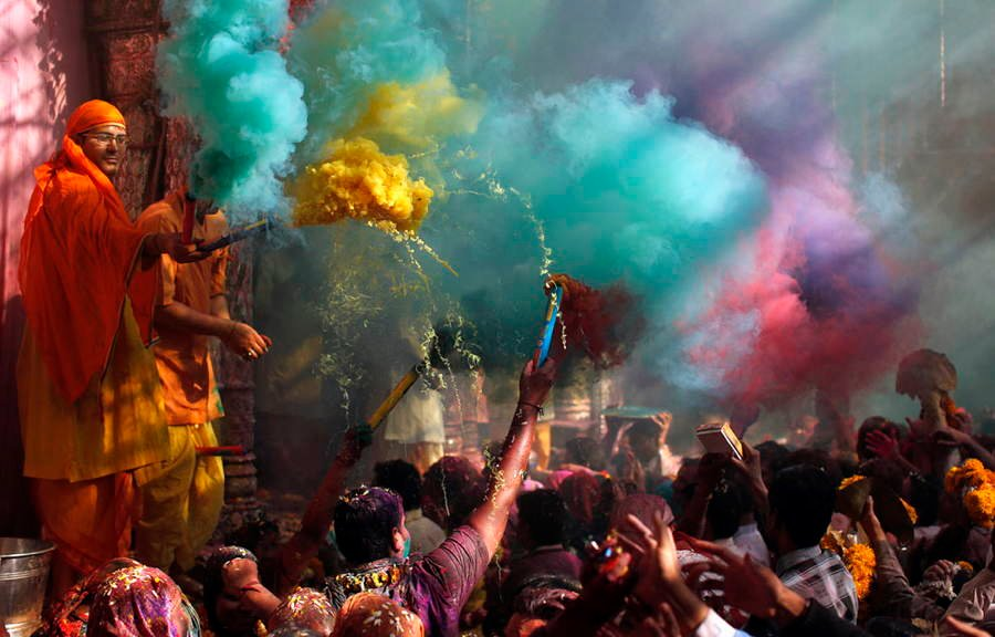 Festival Of Colors Smoke
