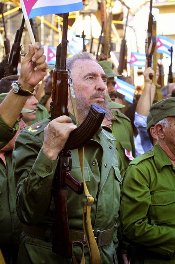 World Leader Pranks Castro Gun