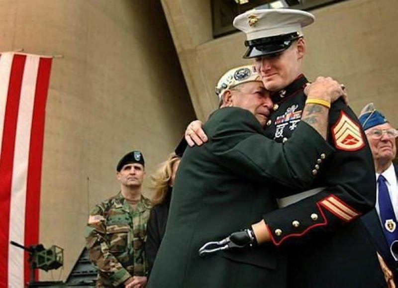 Famous Photos Of Iraq And Pearl Harbor Veterans