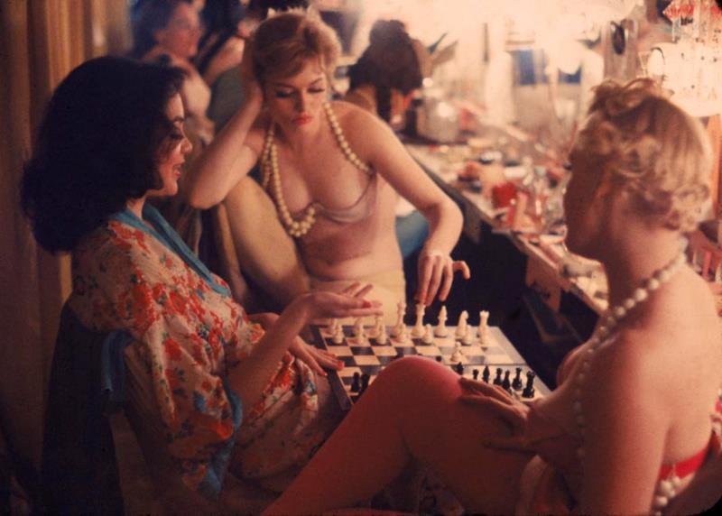 Showgirls Playing Chess In 1958