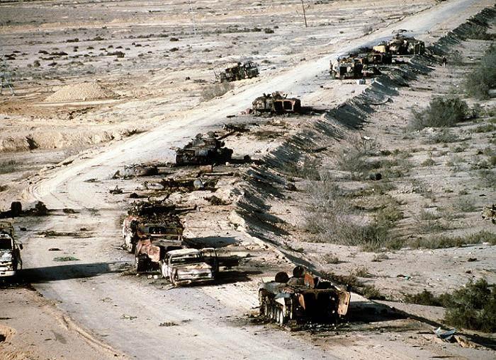 Terrorist Fails Iraqi Surrender