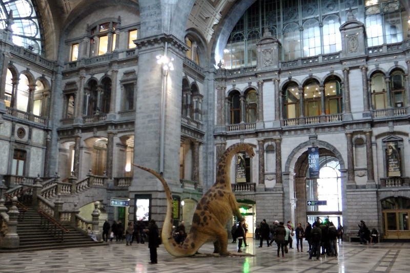 6 Of The Most Beautiful Train Stations From Around The World