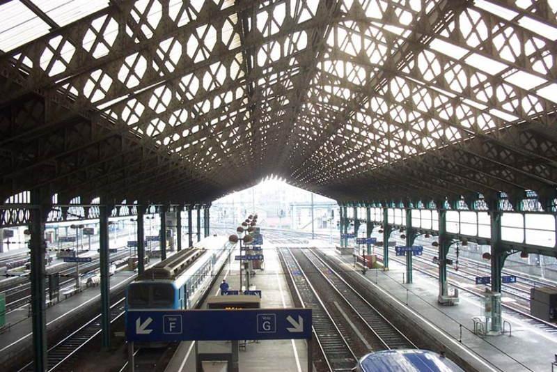 Train Stations Lyon Light