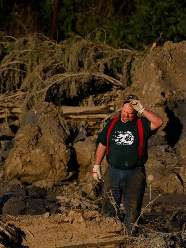 100 People Missing in Washington Landslide