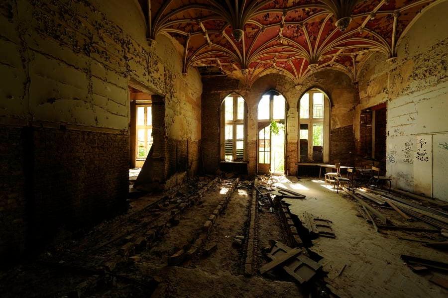 Miranda Chateau Photograph