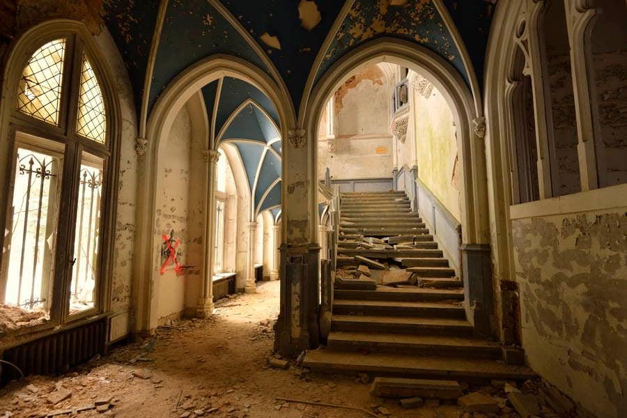 Chateau Miranda Stairs