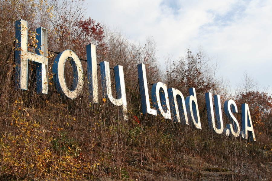 Holy Land USA Sign