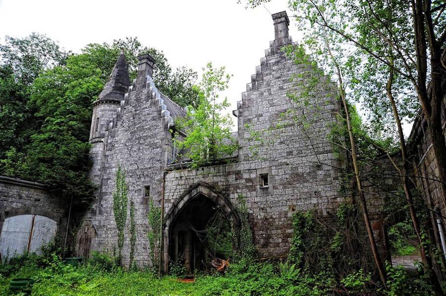 Abandoned Photographs Miranda Chateau In Belgium