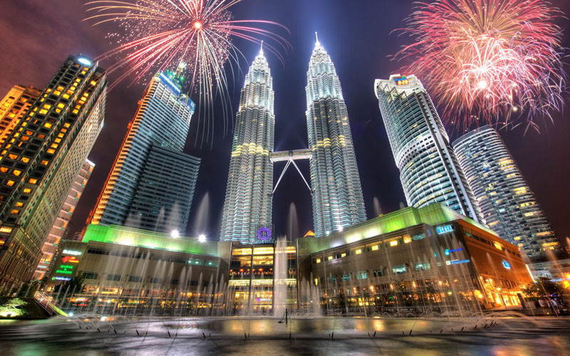 Asian Structures Petronas Towers Fireworks