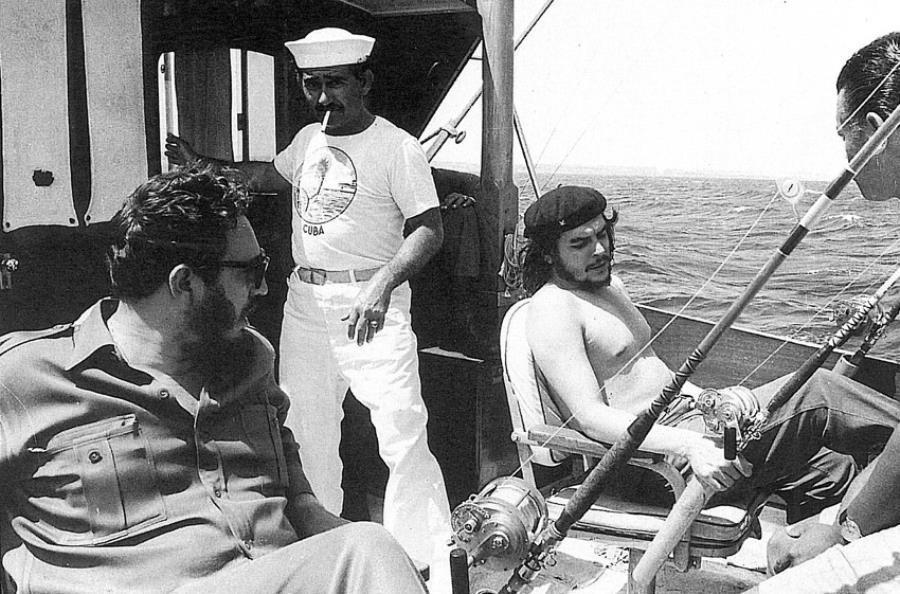 Che Guevara Fidel Castro Fishing 1960
