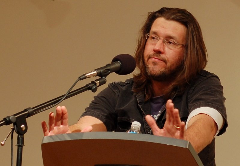 a report on the commencement speech of david foster wallace at kenyon college David foster wallace's 2005 speech was a 2005 address championing the liberal arts might one from late novelist david foster wallace, given at kenyon college.
