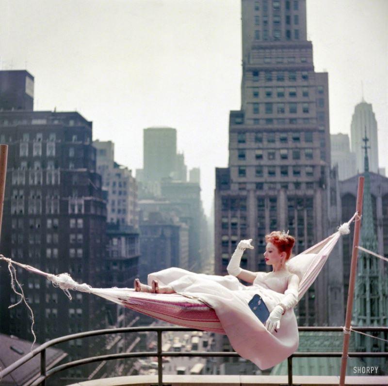Gwen Verdon NYC Rooftop 1953