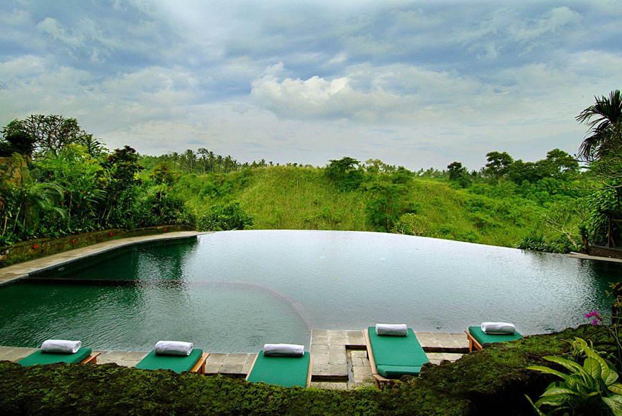 Amazing Pools Hanging Gardens