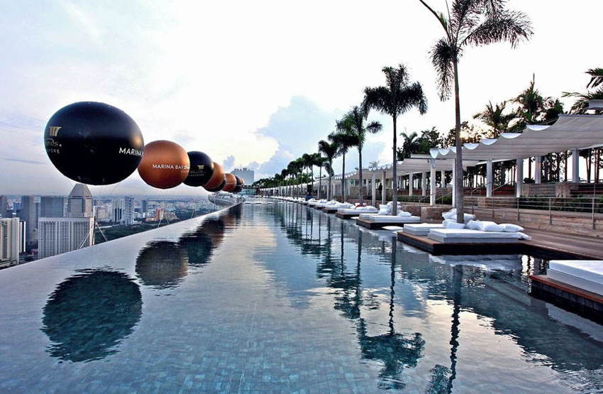 Amazing Pools Marina Bay