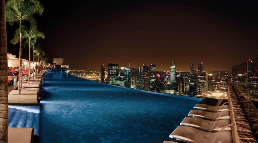 Amazing Pools Marina Bay Night