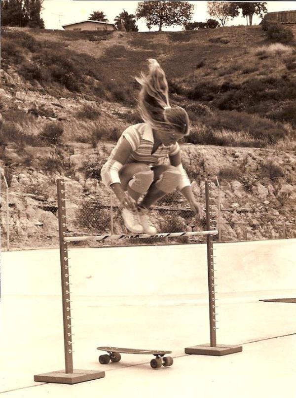Ellen Oneal Skateboard Trick