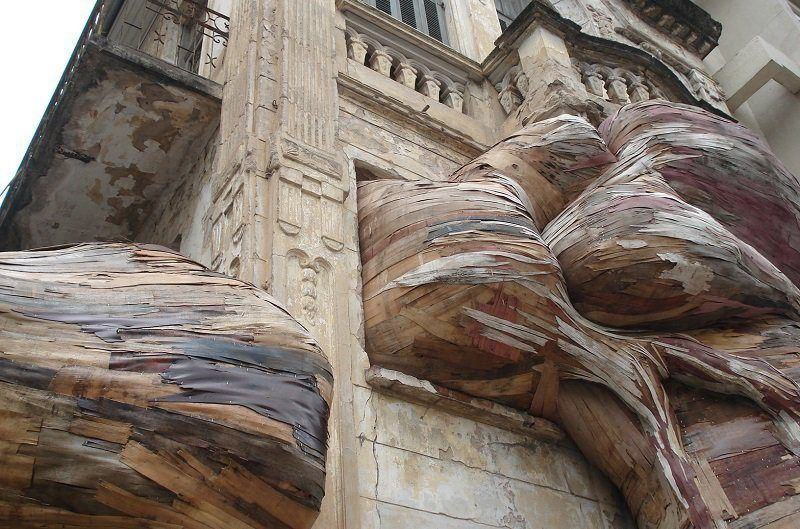 Urban Tapumes Installations