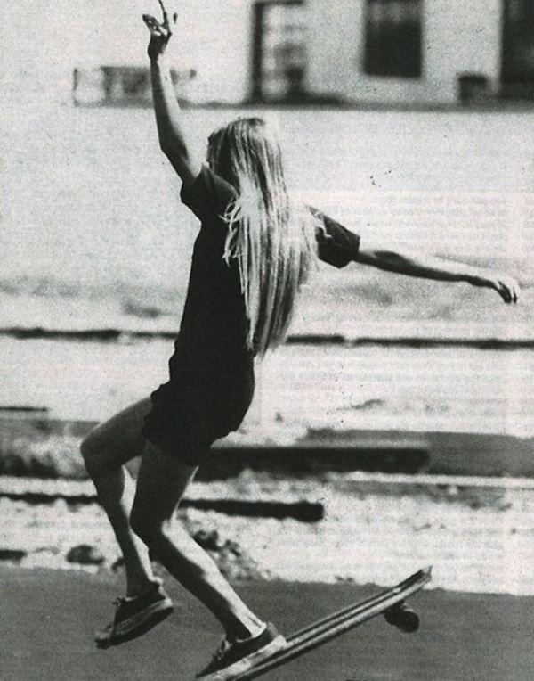 Vicky Vickers Skateboarding