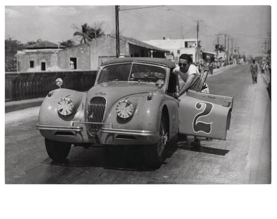 Vintage Cuba Jaguar