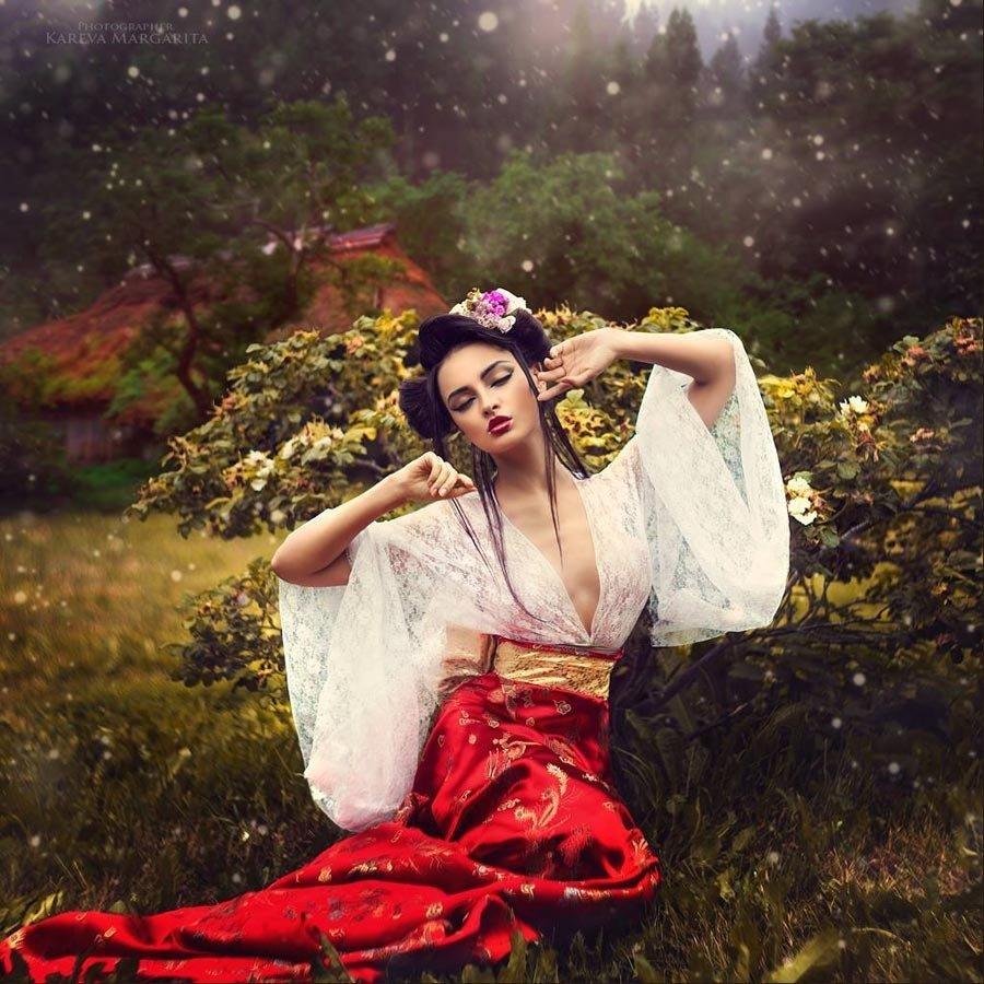 Geisha Stretch