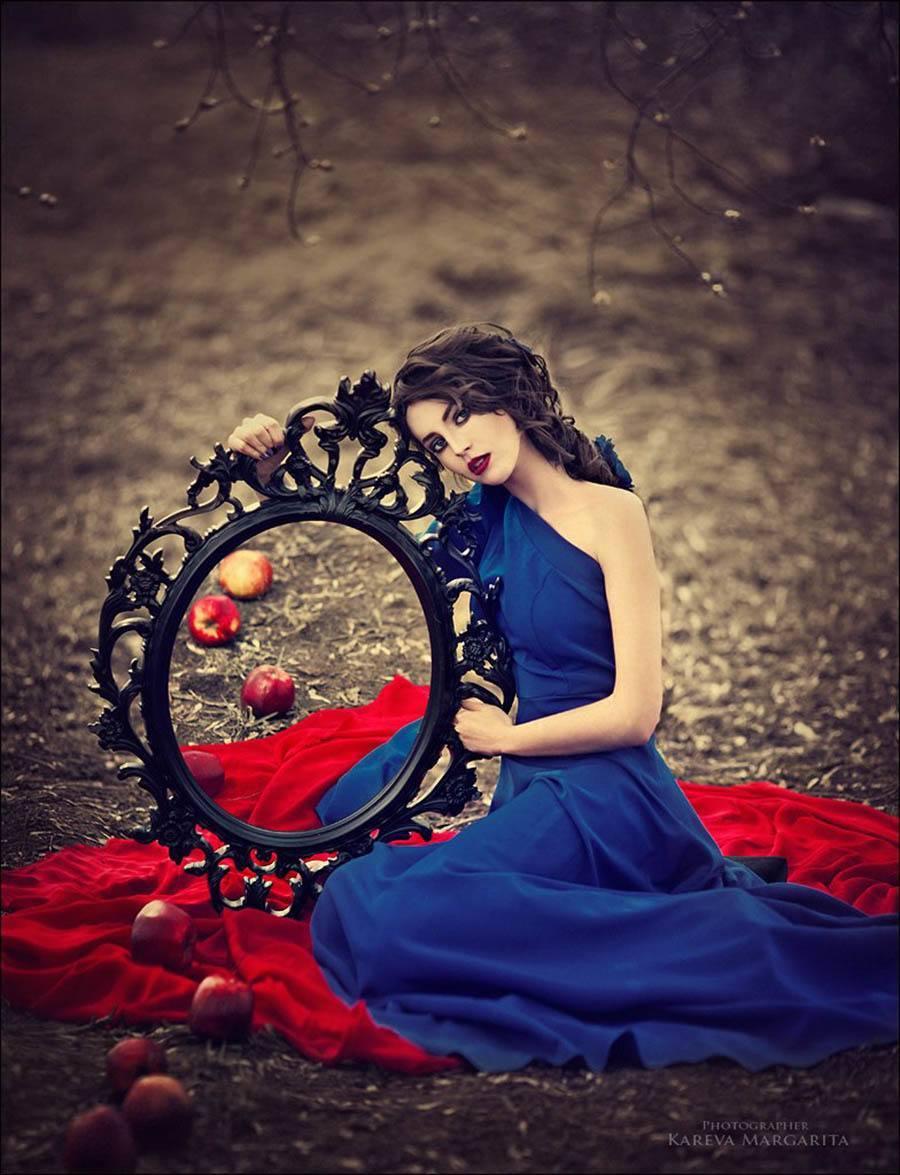 Margarita Kareva Snow White Mirror