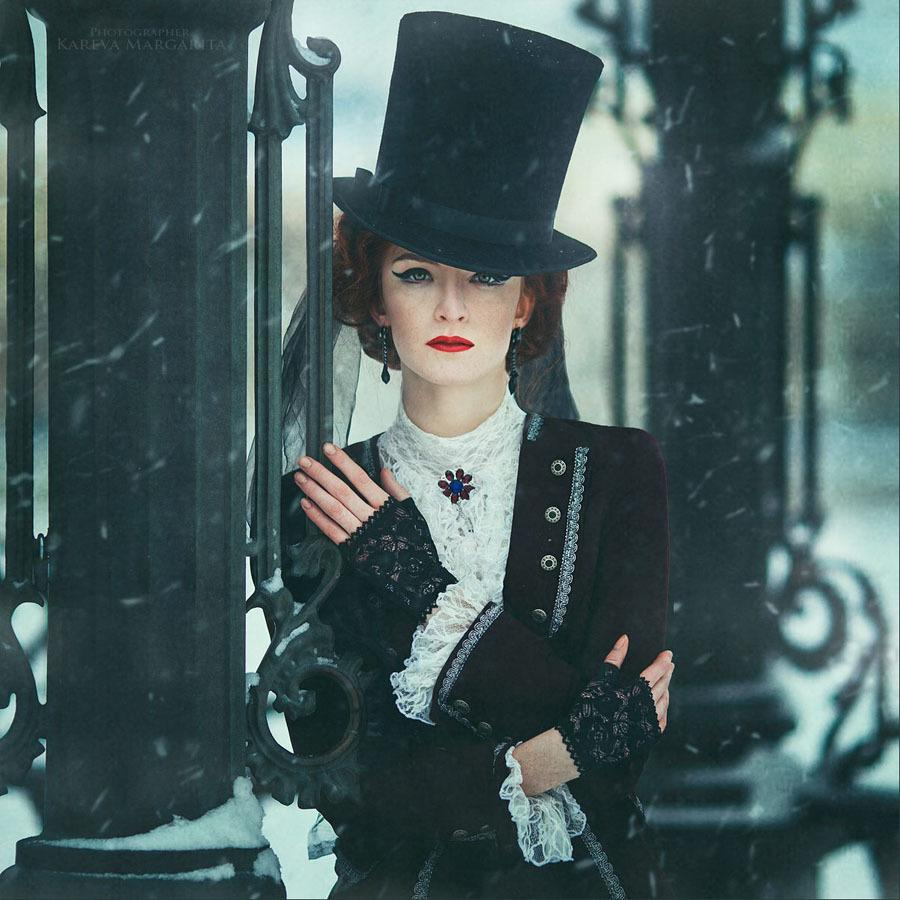 Margarita Kareva Top Hat Close