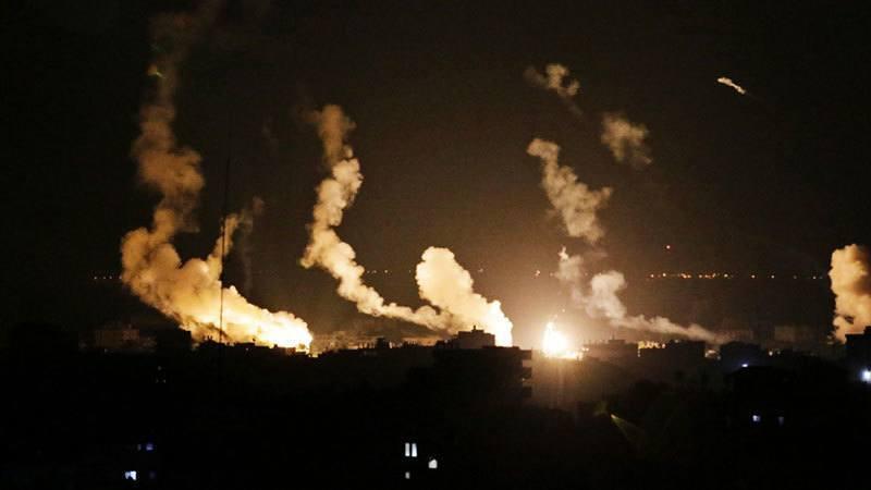 Israeli War at Night