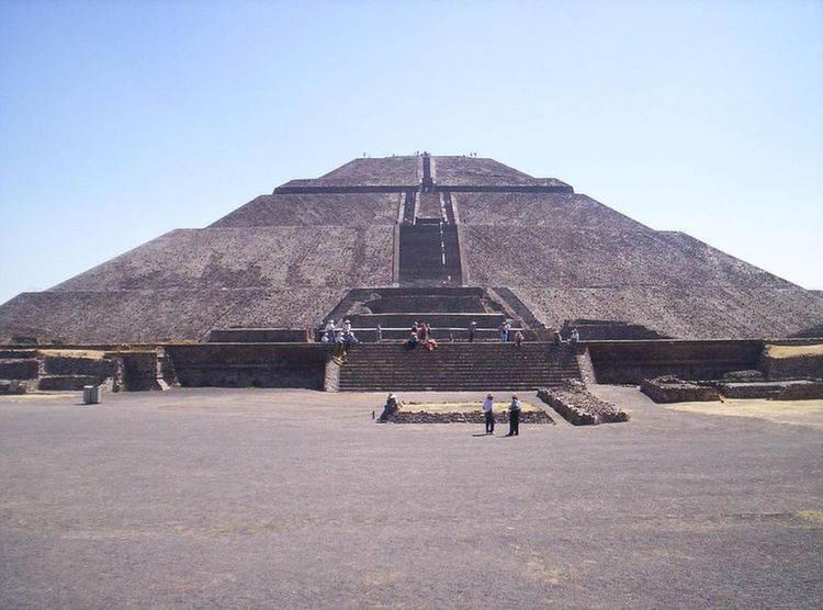 Amazing Pyramids Aztec Sun