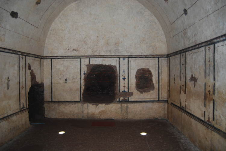 Amazing Pyramids Roman Inside